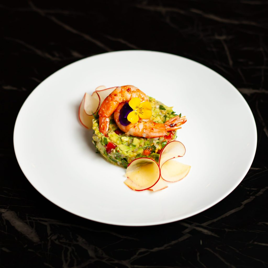Avocado Garnelen Tatar: Garnelen | Kirschtomaten | Apfel | Kresse | Koriander
