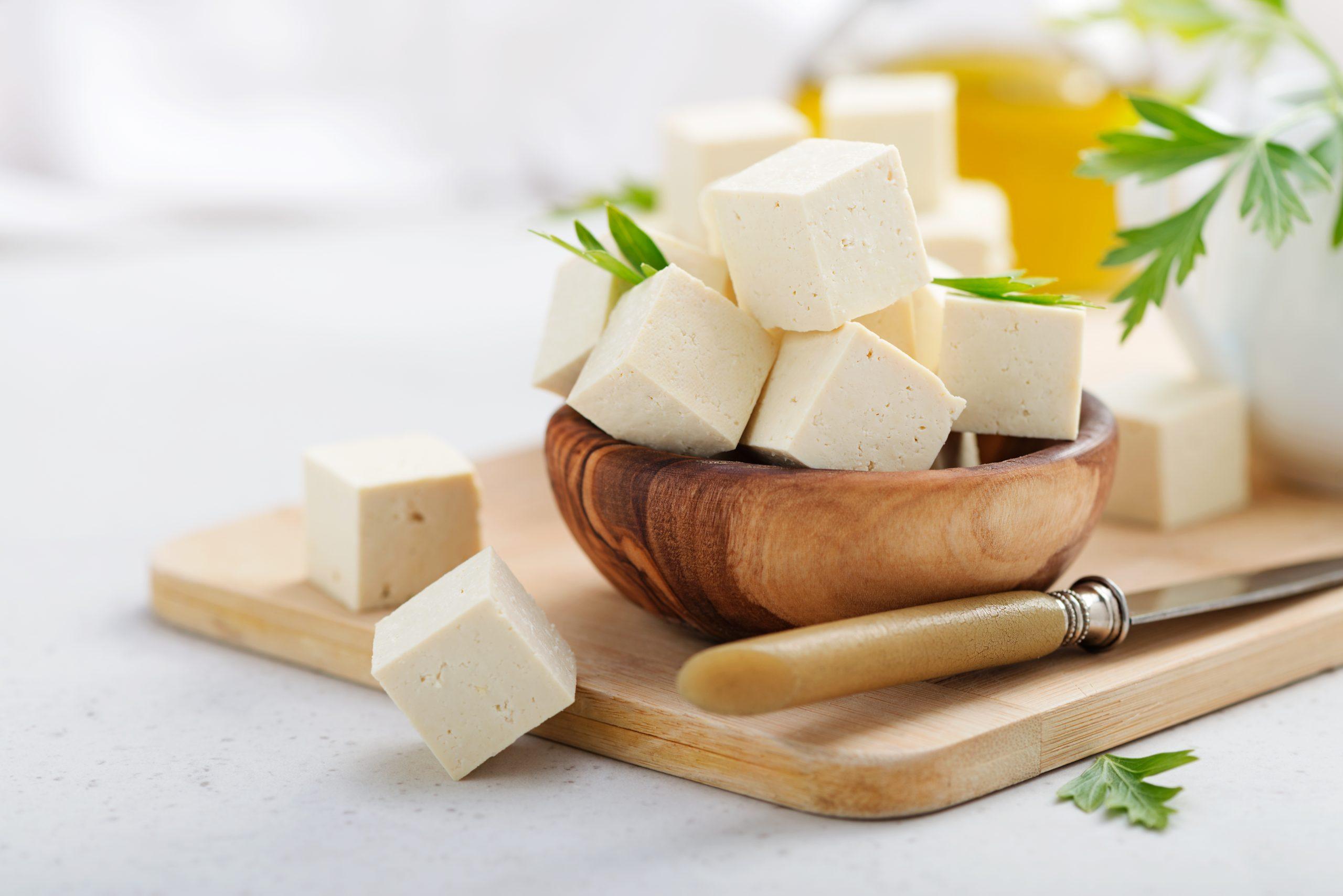 Tofu ist eine Fleischalternative aus Soja